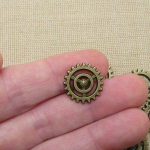 Breloques engrenage steampunk bronze 18mm – lot de 10
