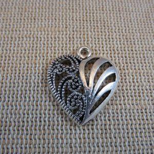 Pendentifs cœur arabesque argenté 22mm en métal – lot de 6