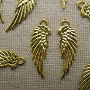 Pendentifs Aile d'Ange doré en métal 33mm – lot de 4