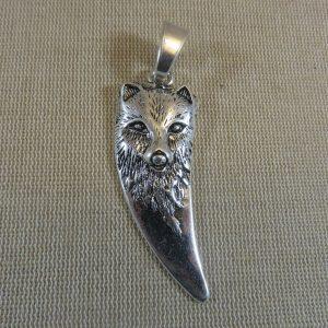 Pendentif tête de loup métal argenté vieilli 74mm avec bélière