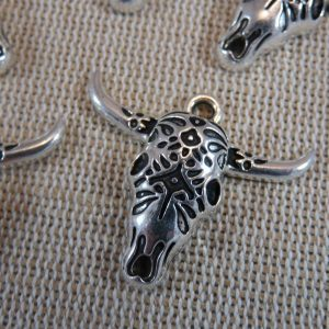 Pendentifs tête buffle métal couleur argenté – lot de 5