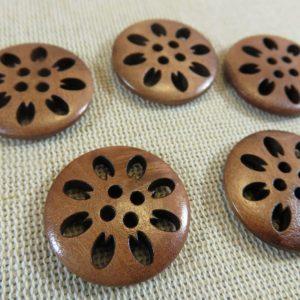 Boutons en bois fleur gravé pétale 25mm – lot de 5