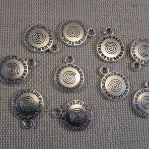 Pendentifs rond gravé spiral argenté 17mm en métal – lot de 10