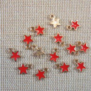 Breloques étoile rouge métal doré émaillé 8mm – lot de 10