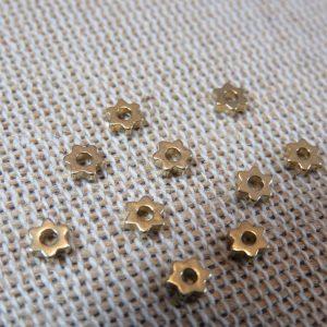 Perles étoile laiton 4mm intercalaire hexagone – lot de 10