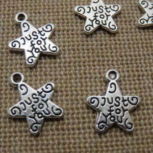 Breloques étoile gravé Just for You argenté 14mm – lot de 6 pendentifs