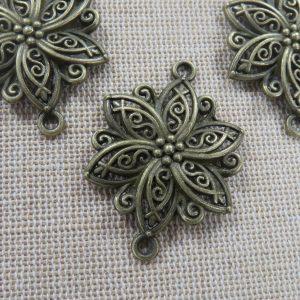 Pendentifs connecteur fleur arabesque bronze 40mm en métal – lot de 3