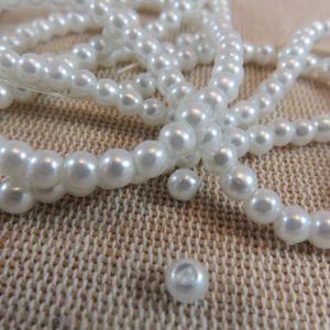 Perles en verre blanc 4mm ronde – lot de 30