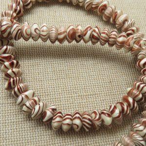 Perles abaque en bois zébré marron 8mm – lot de 15