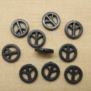 Perles Peace & Love noir en acrylique 17mm – lot de 10