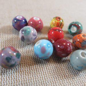 Perles céramique 10mm tacheté multicolore ronde – lot de 10