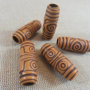 Perles colonne gravé œil acrylique effet bois 27x11mm – lot de 5