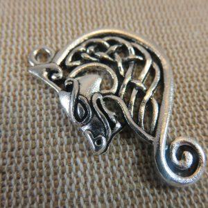 Pendentif loup nœud celtique métal argenté vieilli 35mm