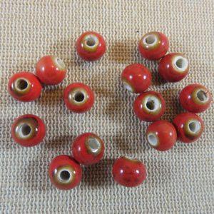 Perles en céramique rouge 8mm ronde – lot de 10