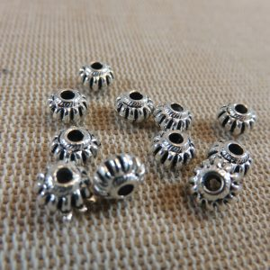 Perles lanterne rayé argenté en métal 7x4mm – lot de 20