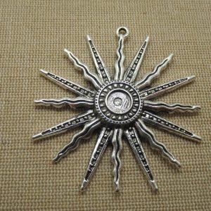 Grand pendentif soleil bohème argenté 60mm bijoux collier incas