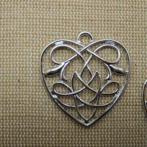 Pendentifs Cœur nœud celtique 31mm argenté – lot de 2