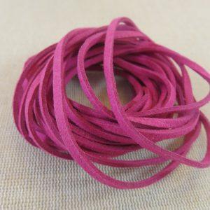Cordon suédine rose 3mm – vendu par 4 mètres