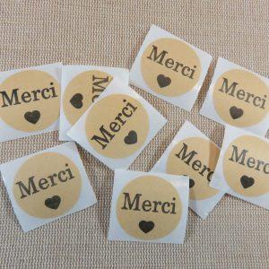 Étiquettes Merci autocollante avec cœur noir sticker rond 25mm – lot de 25