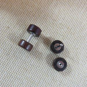 Puces en bois Marron 10mm double face Boucles d'oreille mixte – bijoux femme et homme