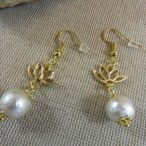Boucles d'oreille fleurs de lotus et perles de coton, bijoux femme
