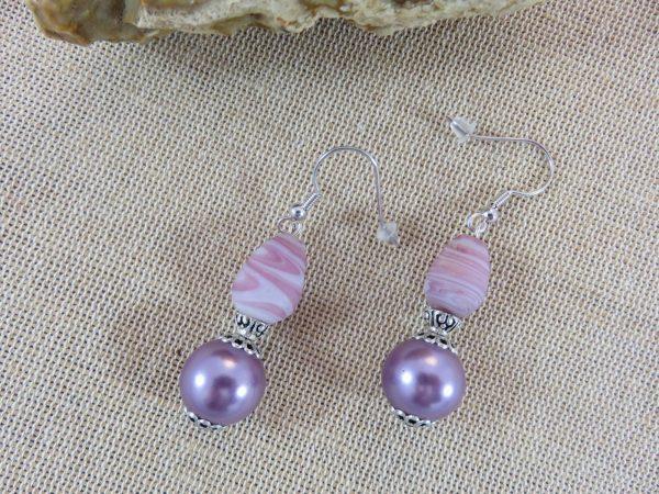 Boucles d'oreille violette parme - cadeaux bijoux femme