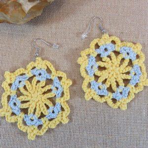Boucles d'oreille crocheté mandala – bijoux unique textile bohème