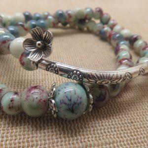 Bracelet double-rang fleuri et breloque fleur – bijoux femme bohème