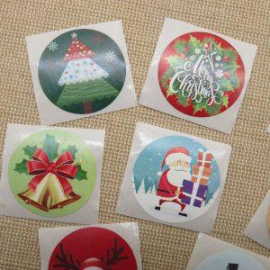 Étiquettes autocollante Noël cadeaux – lot de 25 stickers rond 25mm