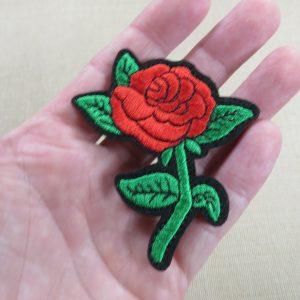 Patch fleur Rose thermocollant écusson rose rouge brodé