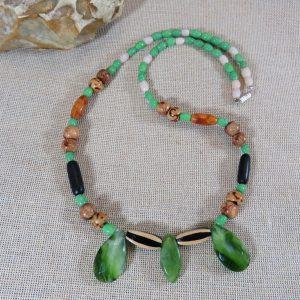 Collier bohème perlé en bois et résine – bijoux Unique pour femme