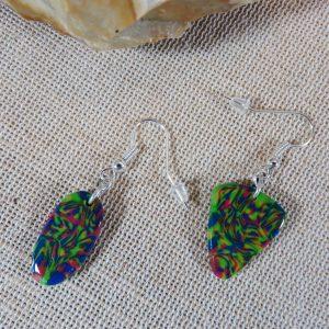 Boucles d'oreille maximaliste asymétrique multicolore bijoux femme
