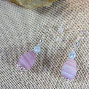 Boucles d'oreille perle parme et grise bijoux femme