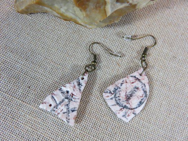 boucles d'oreille tribal géométrique en pâte polymère - bijoux femme