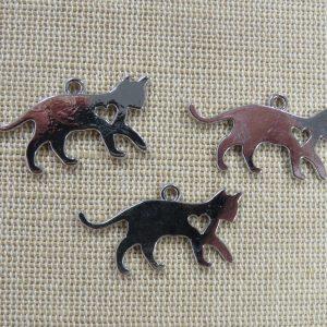 Pendentifs chat argenté gravé coeur métal 30mm – lot de 3