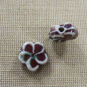 Perles fleur céramique 15mm effet rétro – lot de 2