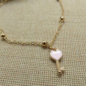 Chaine de cheville clé cœur rose – bijoux de plage femme