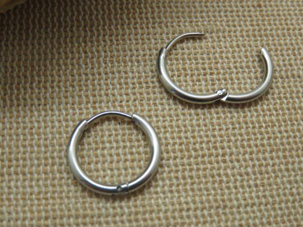 Boucles d'oreille anneaux punk acier inoxydable - Bijoux mixte