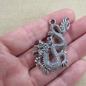 Pendentif Dragon chinois argenté en métal