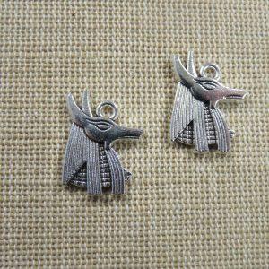 Pendentif Anubis argenté dieu égyptien 20mm – lot de 2