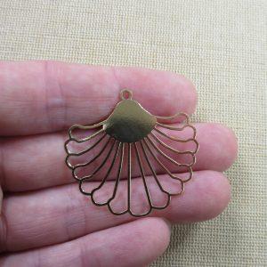 Pendentif éventail doré filigrané en métal, création bijoux DIY