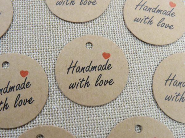 """Étiquettes kraft emballage cadeaux """"Handmade with Love"""" avec cœur"""