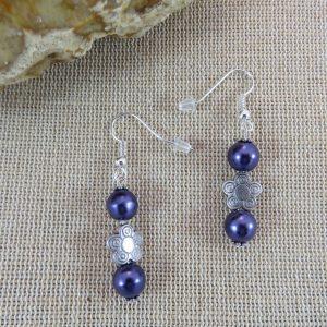 Boucles d'oreille nature fleuri perlé violette bohème, bijoux femme