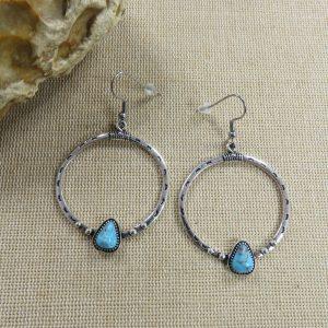Boucles d'oreille anneau goutte bleu turquoise, bijoux femme